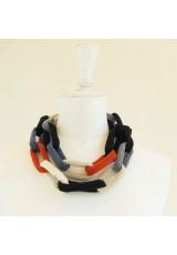 Sautoir chaîne, anneaux crochetés, naturel, noir, bleus et orange