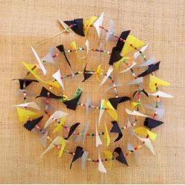 Guirlande tissu de spinnaker et perles multicolores n°50