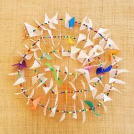 Guirlande tissu spinnaker et perles multicolores n°4